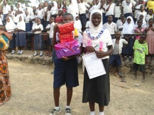 Students receiving gifts